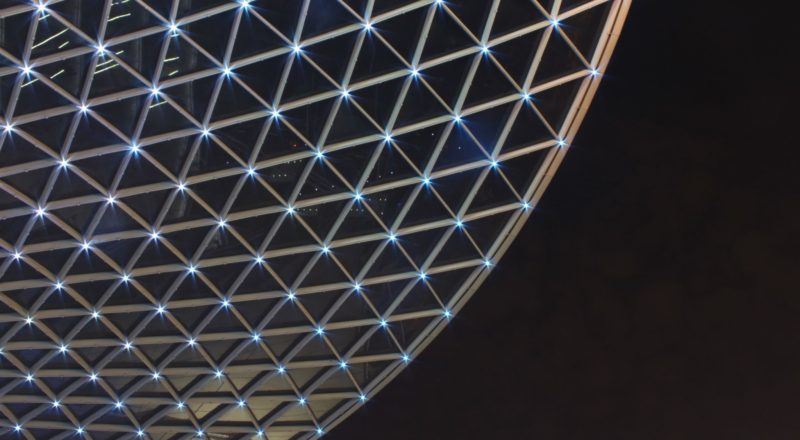 LED Blockchain Muster am Himmel